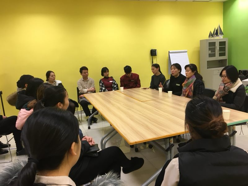 人文社科系领导老师赴校外实训基地看望学生